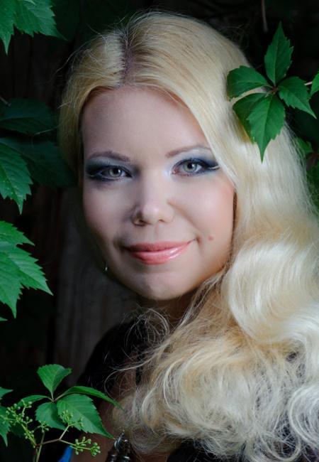 Partnervermittlung: Anna (33), eine schöne Frau aus Sumy auf ...