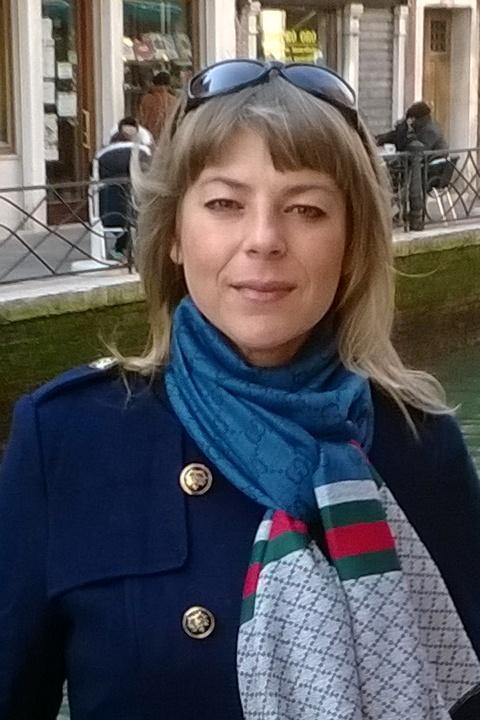 Elenasweety geschiedene Dame aus der Ukraine