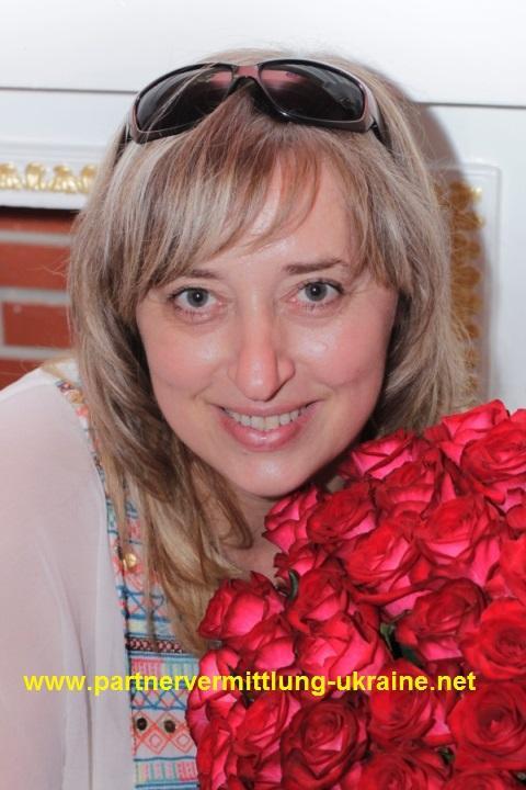 Alexandra, eine Frau aus der Ukraine, über unsere Partnervermittlung ...