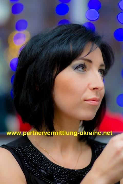 Eine Frau auf Partnersuche durch unsere Partnervermittlung: Zinaida(39 ...