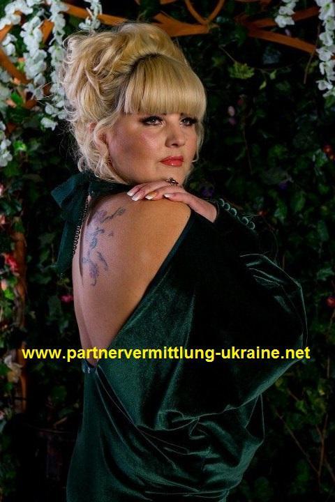Joanna leunis dating