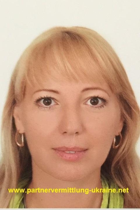 Eine Frau auf Partnersuche durch unsere Partnervermittlung: Vlada(30 ...