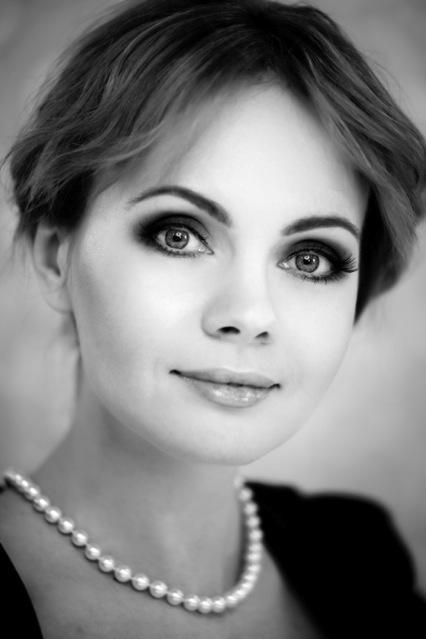 ... -Partnervermittlung · Ukrainische Frauen kennenlernen und verlieben