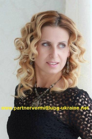 Bildschöne Frauen aus der Ukraine aus Russland aus Weißrussland aus ...