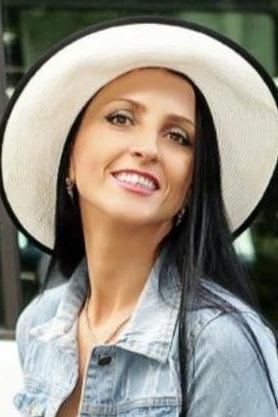 Ukraine-Partnervermittlung · Ukrainische Frauen kennenlernen und ...