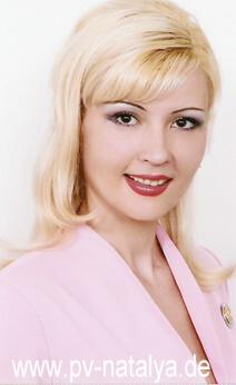 Eine Frau auf Partnersuche durch unsere Partnervermittlung: Natalia(50 ...