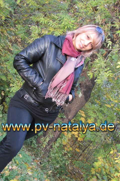 she's fine Shes single schorndorf Anon... nice! want eat